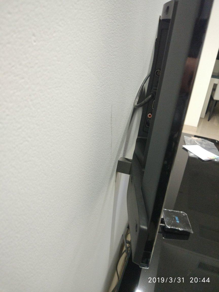 电视挂装后,USB接口...