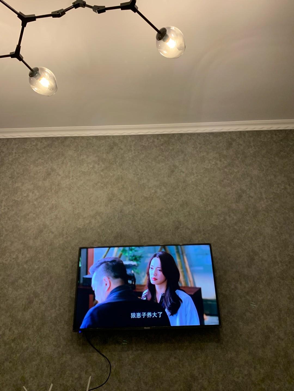 看了很多品牌的电视机...
