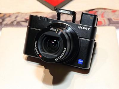 小巧机身 长沙索尼RX100M5相机售5300元