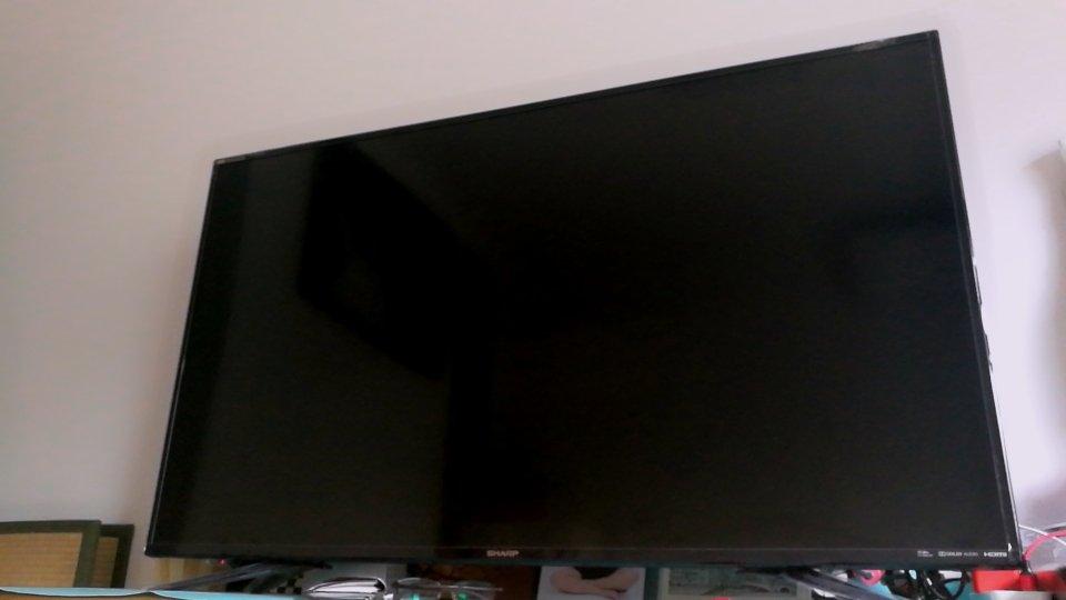 屏幕很大,清晰度很高...