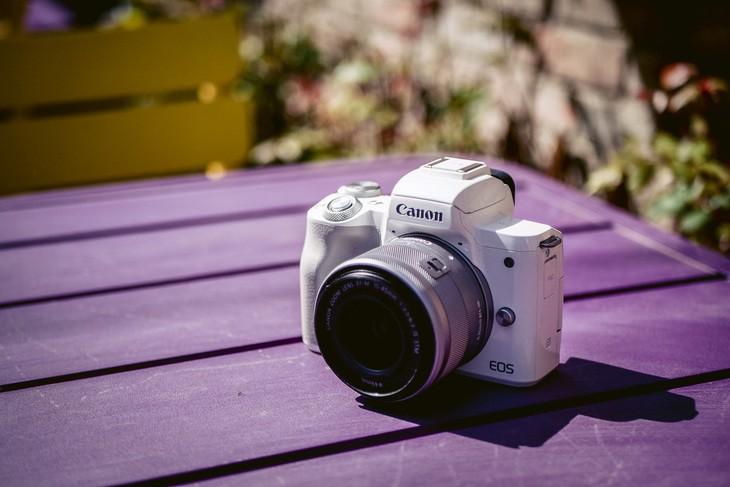 浓缩精华的相机