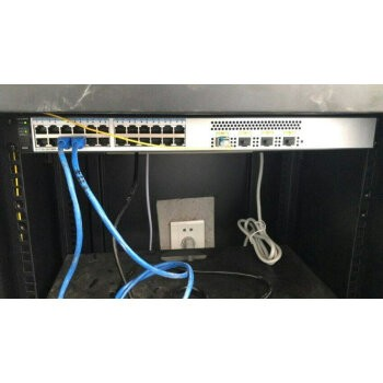 公司的网络设备,全部...