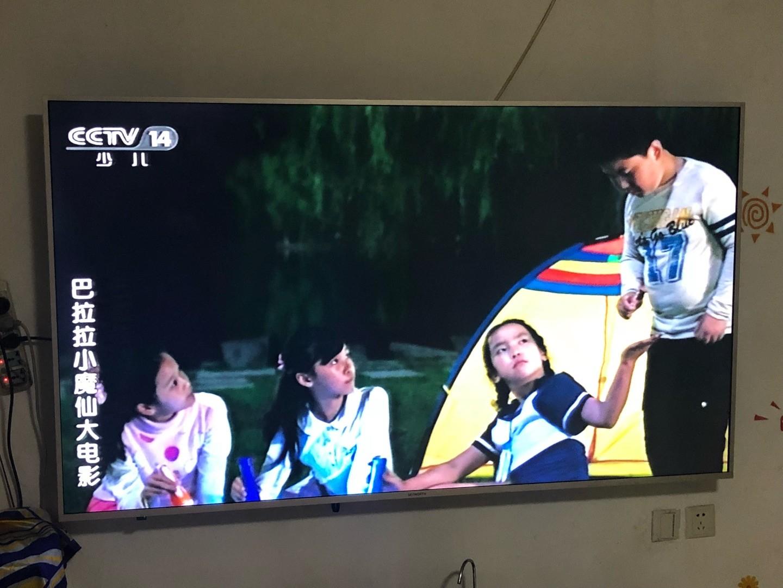 家里电视被孩子砸坏了...