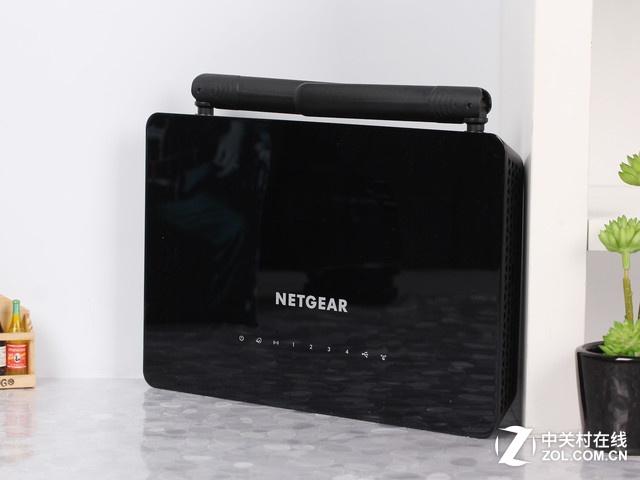 NETGEAR R6220 外观图