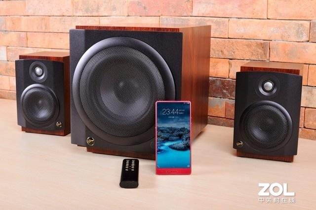 2.0音箱和2.1音箱有什么区别?