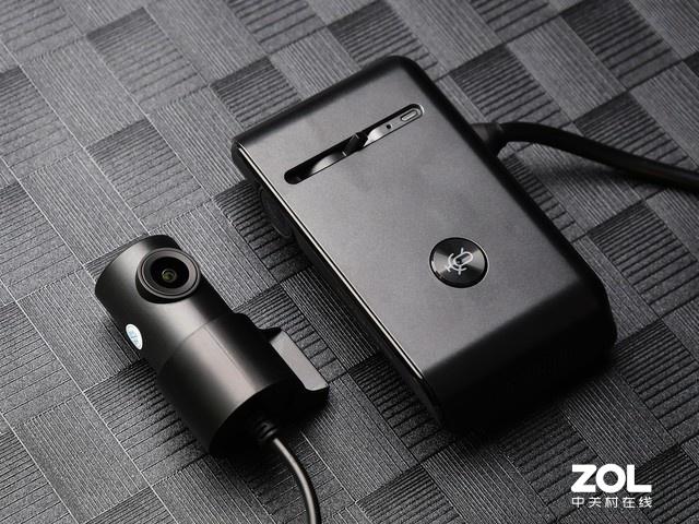 安全行车守护神 盯盯拍行车记录仪X3 Pro