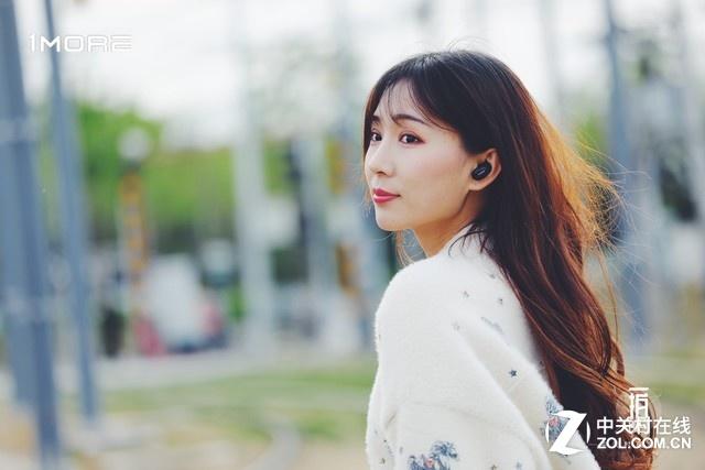 新手如何选耳机:怎么样戴耳机不损害听力?