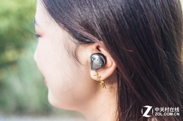 新手如何选耳机:不同耳机的价位大揭秘