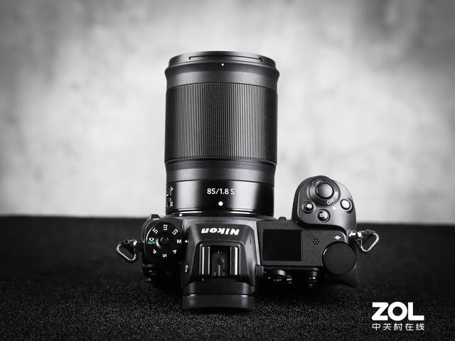 大光圈适合拍摄人像 尼康Z 85mm f/1.8镜头
