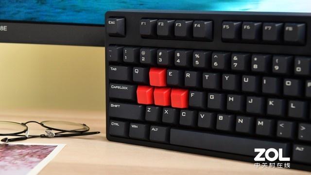 换了一把键盘 我竟然从大师掉到铂金