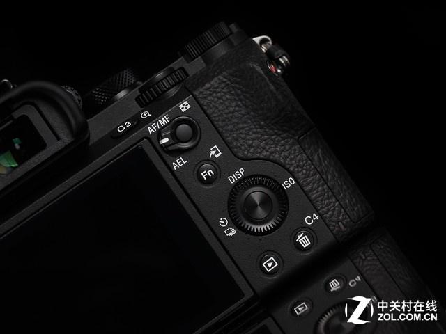 全画幅微单相机 索尼A7 II京东7620元