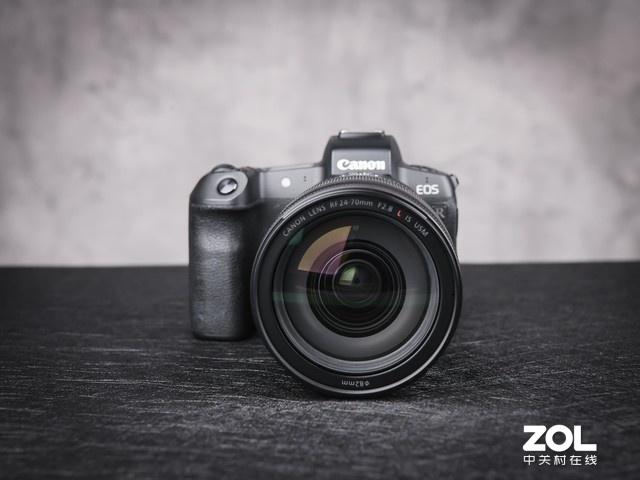 五级光学防抖 佳能RF 24-70mm F2.8L镜头