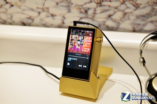 金色限量送专辑 艾利和AK240播放器促销
