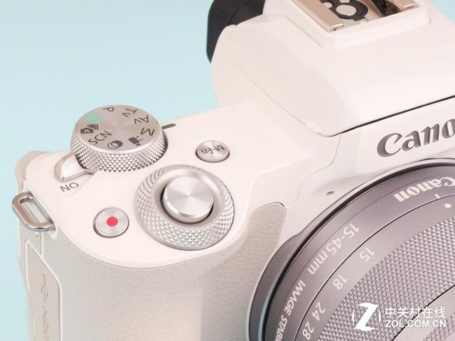 白色系微单相机 佳能EOS M50京东4299元