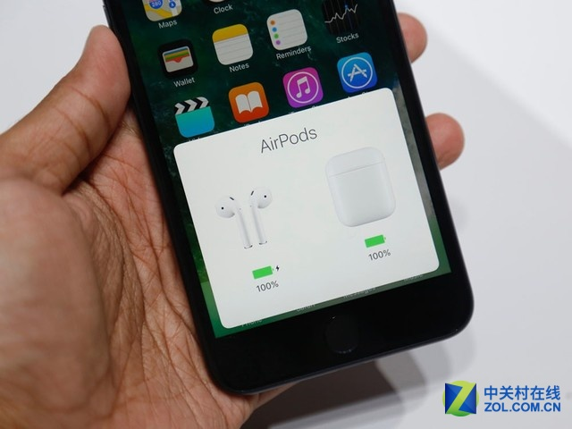 一年卖了3500万部!苹果AirPods成为最爆款vwin官网