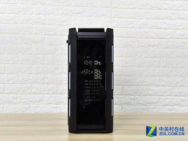 机箱也要炫金河田峥嵘Z30幻彩版热销