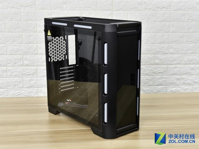 前置电源设计 金河田峥嵘Z30水冷机箱