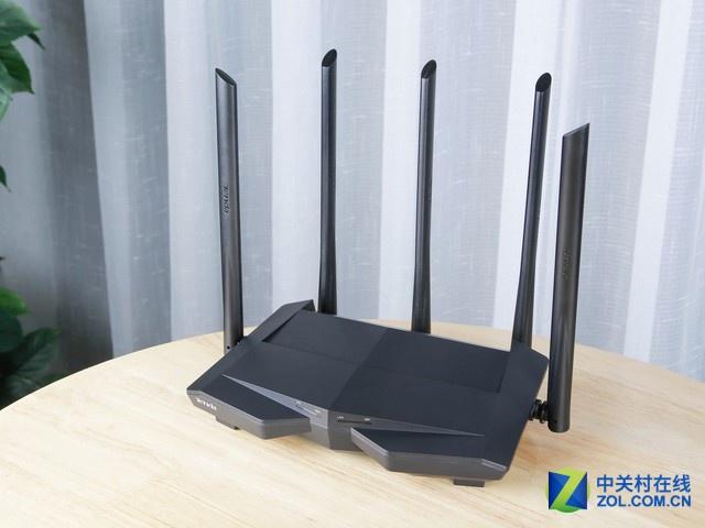 享受多穿一堵墙的wifi信号 就选腾达AC11全千兆路由