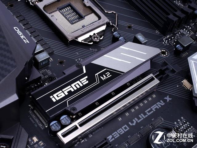 支持灯控联动  iGame Z390 Vulcan X促销