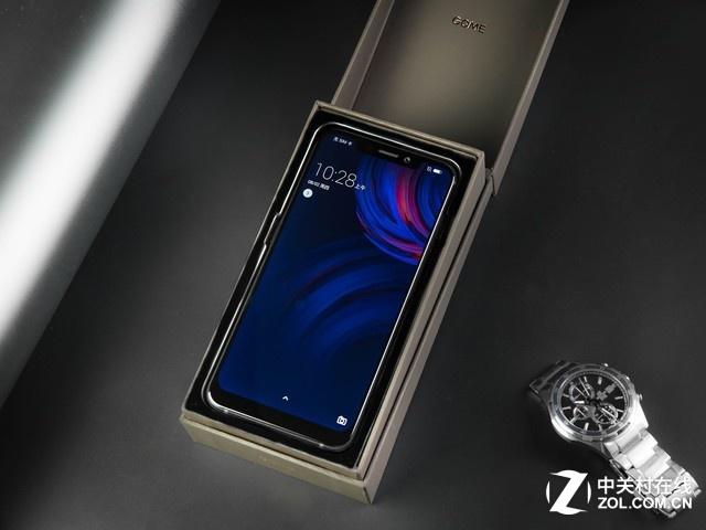 颜值担当 GOME U9手机获得2018黑金奖
