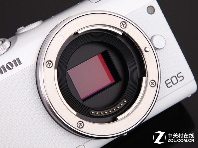 2420万有效像素 佳能微单相机EOS M100