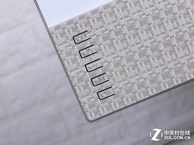 AOC炫锋新品评测:6.8mm极致纤薄 颜值党笑了!