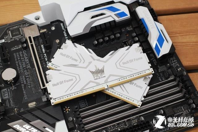 HOF Ⅱ DDR4-3600 8G*2 热卖:好颗粒 好价格