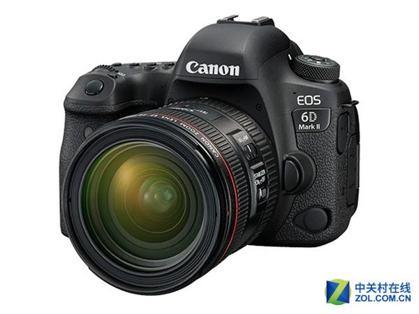 搭配24-70mm镜头 佳能6D II京东13499元