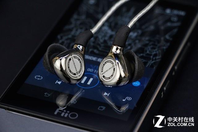新手如何选耳机:蓝牙耳机和有线耳机如何选择?
