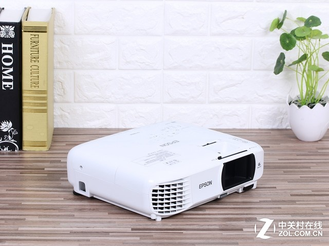 户外流感高发 不如买台1080P投影窝家
